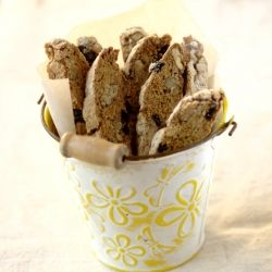 Whole Wheat Walnut Raisin Biscotti is a traditional Italian double ...