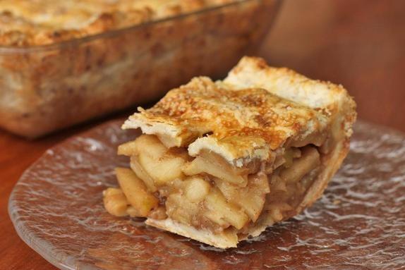 square deep dish apple pie | desserts | Pinterest