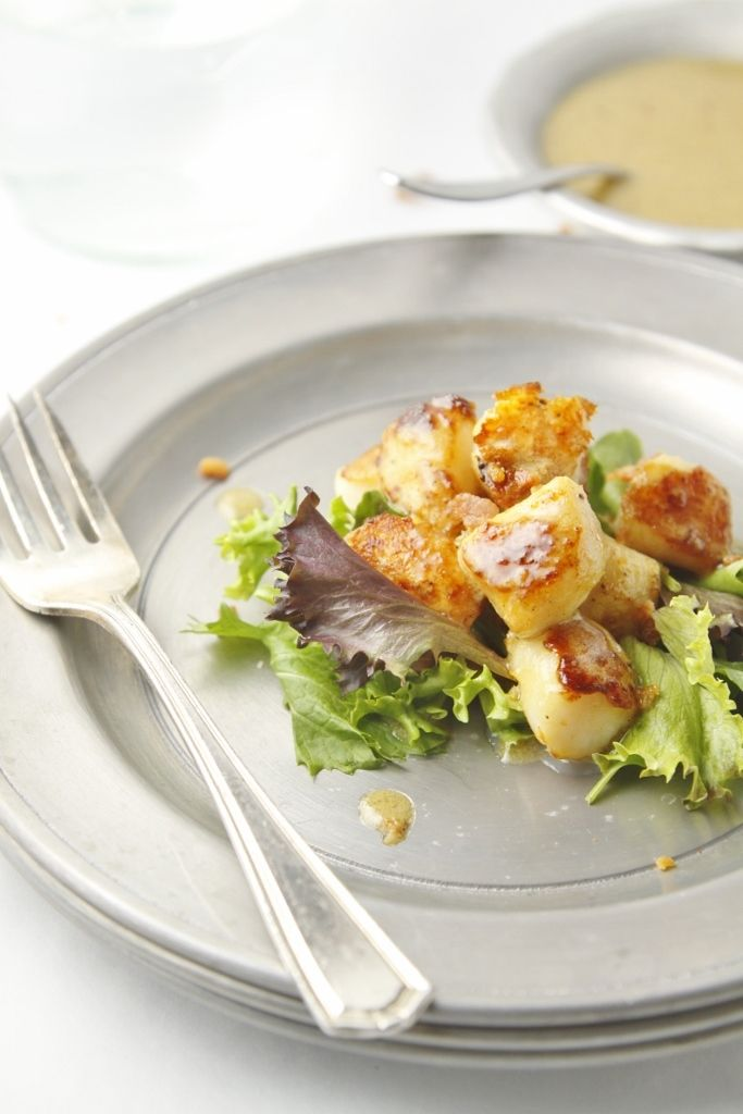 Seared Scallops with Creamy Bacon Vinaigrette www.bellalimento.com