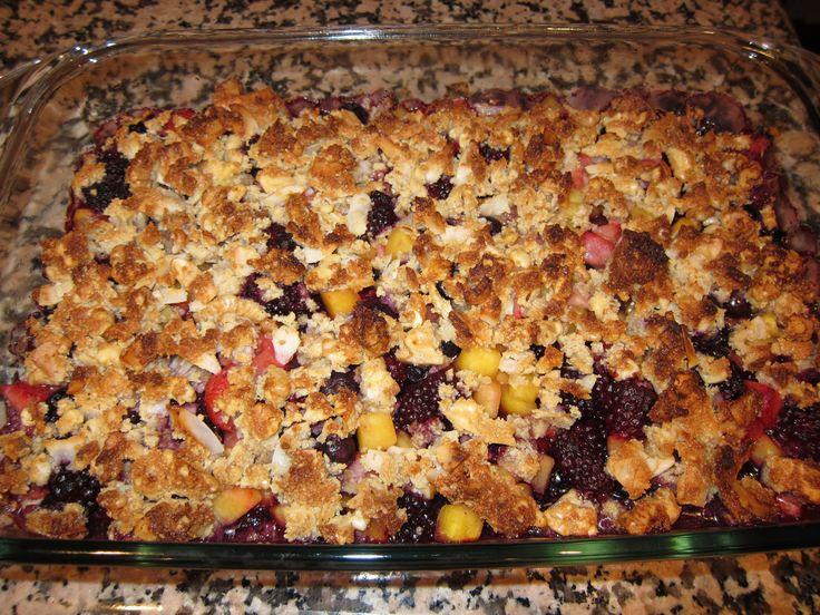 Mmm... Paleo fruit crumble! | Food : Sweet Somethings | Pinterest