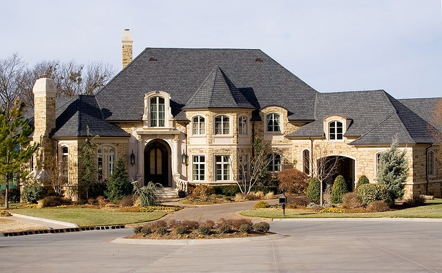 Luxury home in expensive subdivision beautiful homes for Pictures of pretty houses