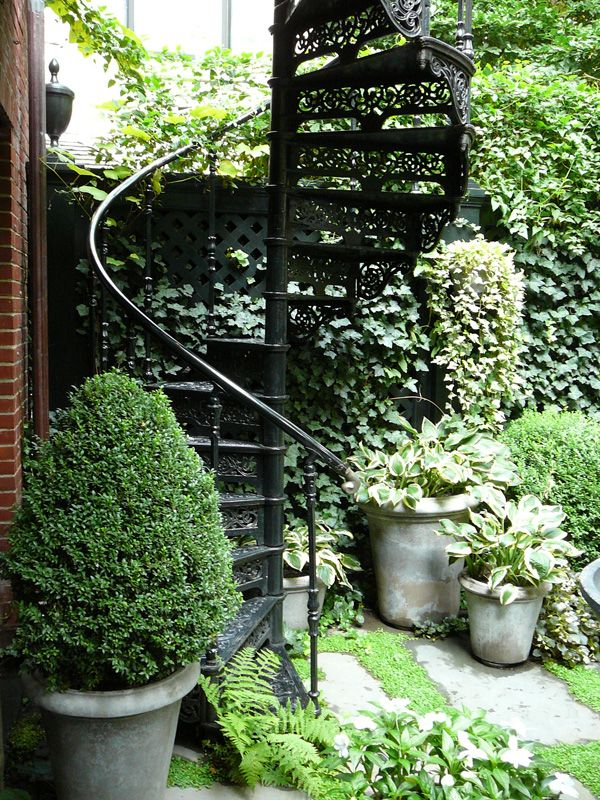 Townhouse Garden On Perry Street - Projects - Sawyer | Berson