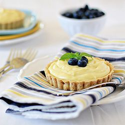 Almond Custard Tarts with Blueberries | BERRIES! (and Cherries) | Pin ...