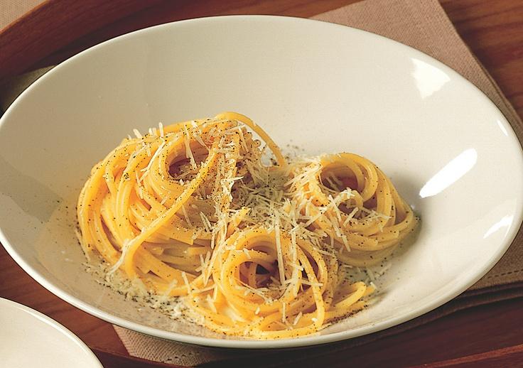 Recipe for Pasta With Cheese And Pepper : La Cucina Italiana
