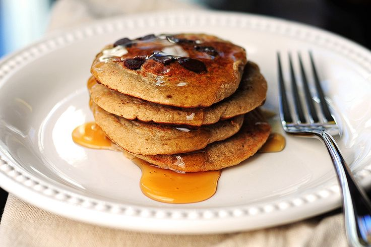 Tasty Kitchen Blog: Oatmeal Chocolate Chip Banana Pancakes. Guest post ...