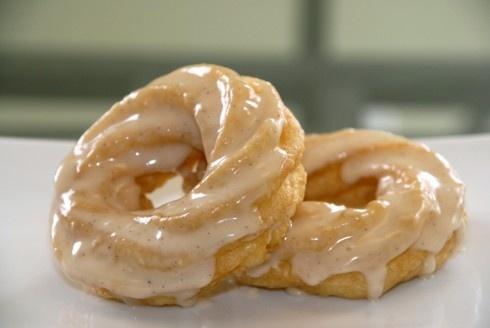 French Cruller Doughnuts with Maple Vanilla Bean Glaze ( ann romney ...