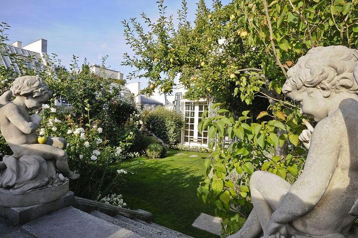 Pin by herm s on herm s jardin sur le toit pinterest for Jardin sur le toit