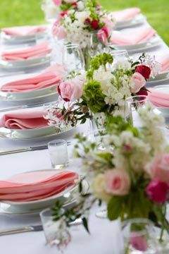 table setting-pink and green wedding