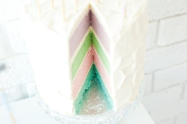 pastel layer cake!