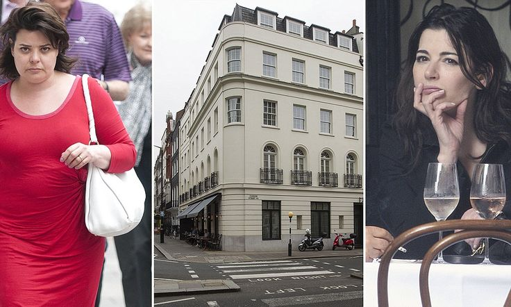 Nigella Lawson Is Seen Without Her Wedding Ring Close To Sisters Mayfair Home Where She Has