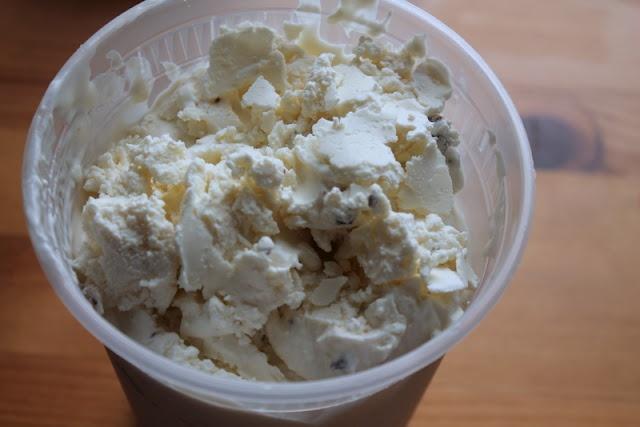 Mint Chip Frozen Yogurt (or Mint Chip for Mint Haters)