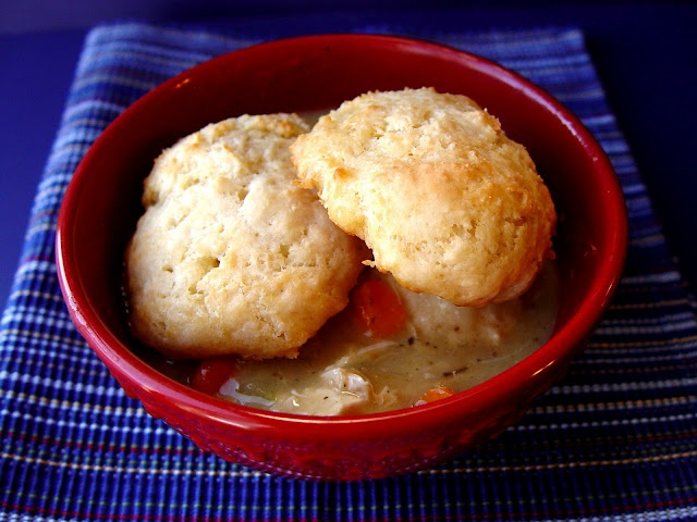 hearty chicken and biscuits | Yum! | Pinterest