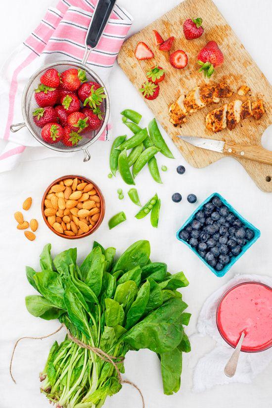 STRAWBERRY SPINACH SALAD WITH CHICKEN | Deliciouness | Pinterest