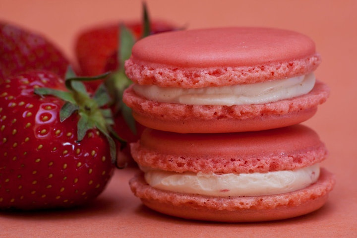 Strawberry Macarons | Food and Drink | Pinterest