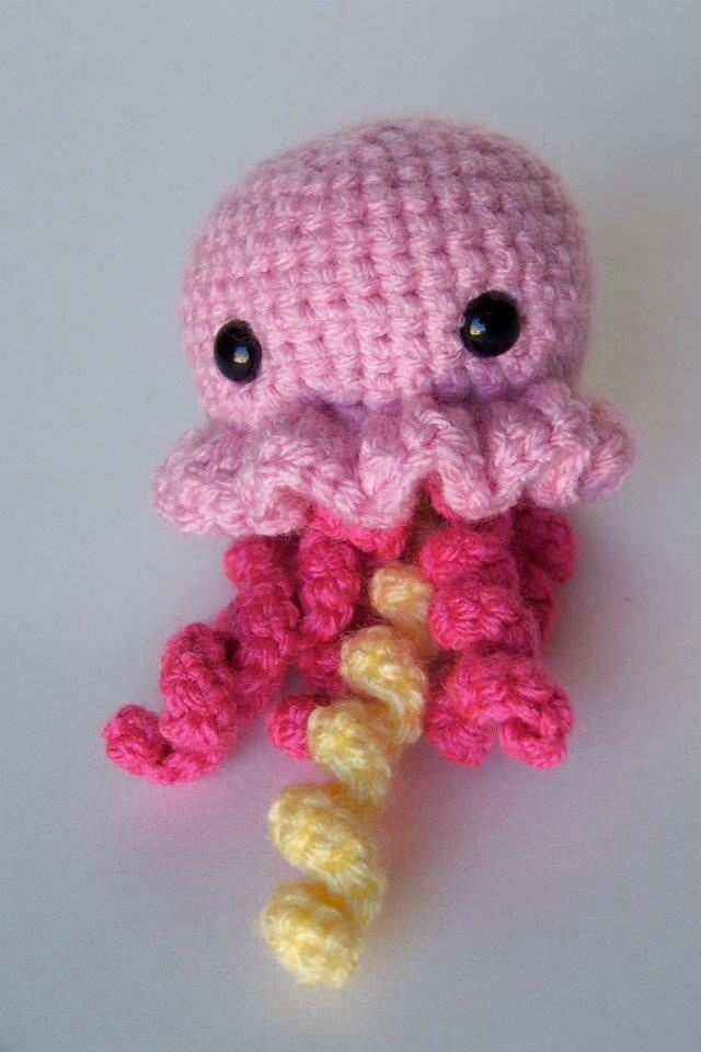 Crochet Jellyfish : Amigurumi jellyfish Ideas Pinterest