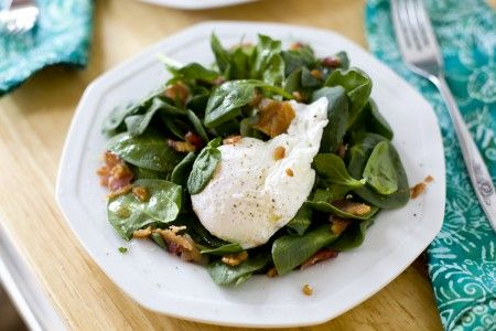 Spinach-Bacon-Egg Breakfast Salad...sounds interestingly good (stole ...