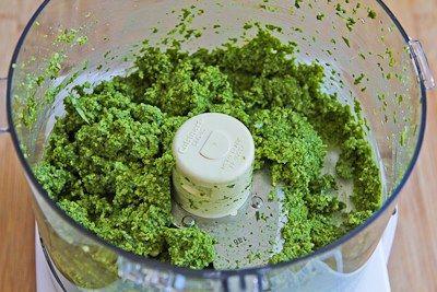 Kitchen: Recipe for Basil, Arugula, Scallion, and Lemon Pesto Sauce ...