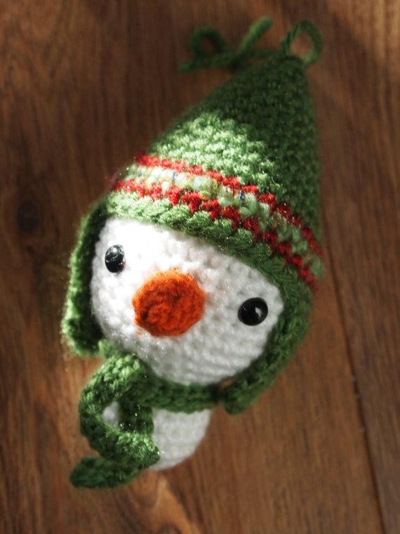 Amigurumi Snowman Ornament : Amigurumi Crochet Snowman Ornament Pattern