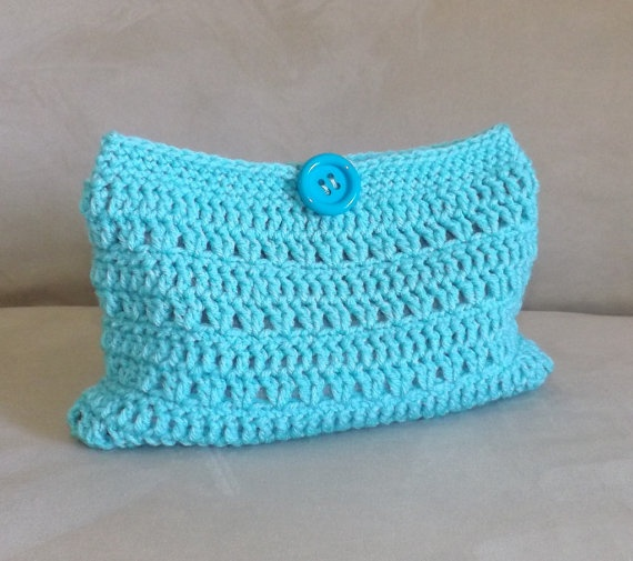 Crochet Cosmetic Bag Pattern : Crochet turquoise make up bag, crochet cosmetic bag, crochet mini bag ...