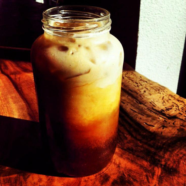 ... spiked chai sun tea citrus spiked chai sun the hubs chai tea latte ice