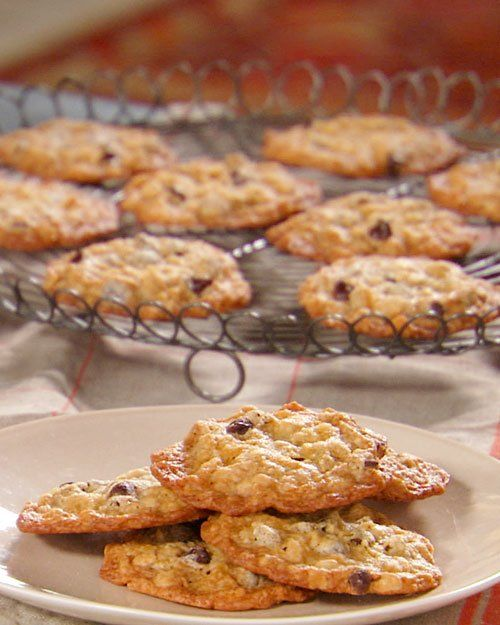 Oatmeal Chocolate Chip Cookie #cookies# vedio: http://www ...