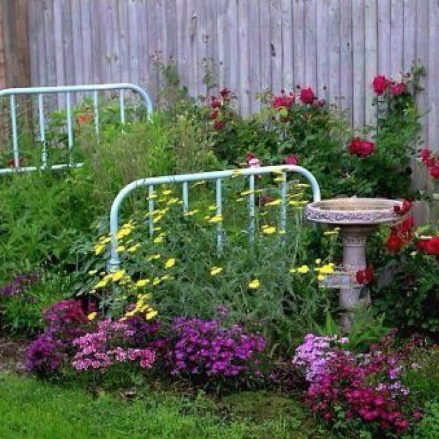 Beautiful bed in flower bed garden pinterest for Beautiful flower beds