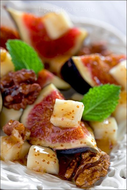 Figs and Cheese~Mmm, this would be even better with goat cheese ...