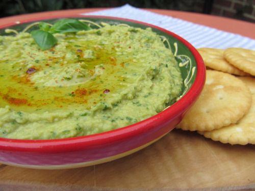 Basil Hummus | Dips/Salsas/Spreads | Pinterest