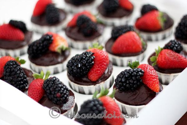 One-Bowl Chocolate Cupcakes | let's bake it | Pinterest