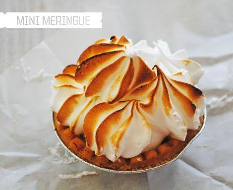 mini meringue key lime tart