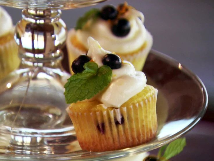 Missy's Lemon and Blueberry Cupcakes from FoodNetwork.com. Ree's got ...