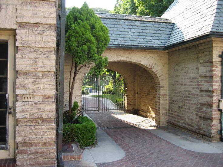 Porte cochere architecture pinterest for Porte cochere