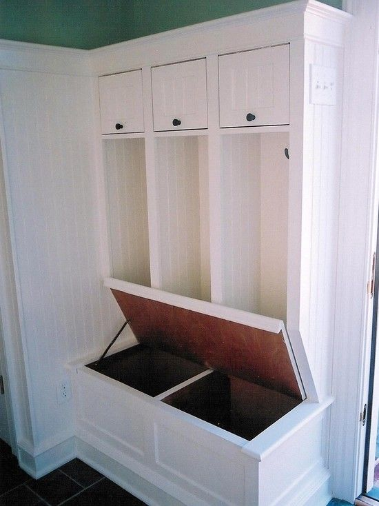 Mud room bench design organization pinterest Mud room designs laout