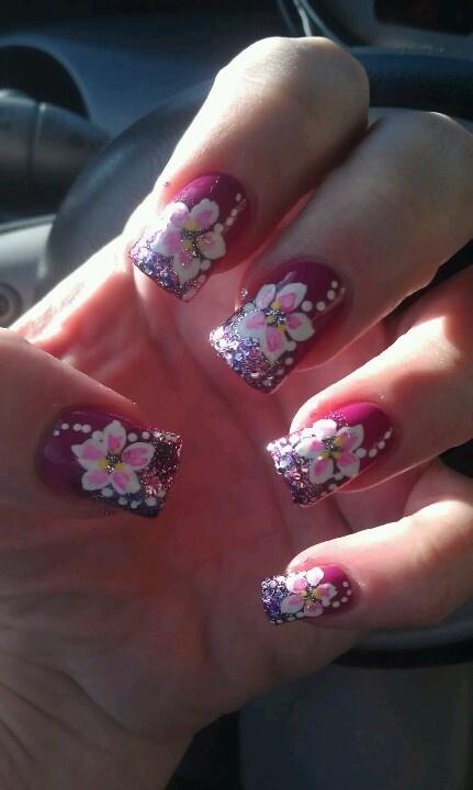 Hawaiian flower nail art | Nail Art | Pinterest