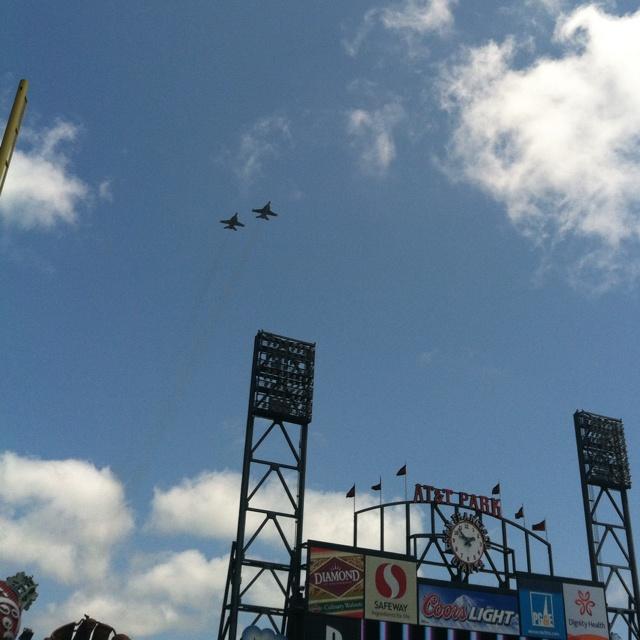 memorial day flyovers oregon 2014