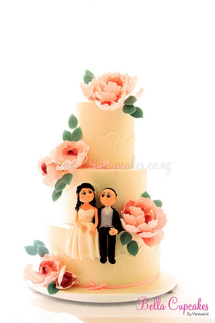 Peony Love wedding cake