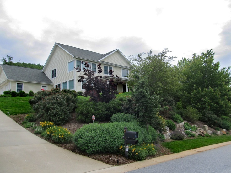 Sloped front yard landscaping pinterest - What to do with a sloped yard ...