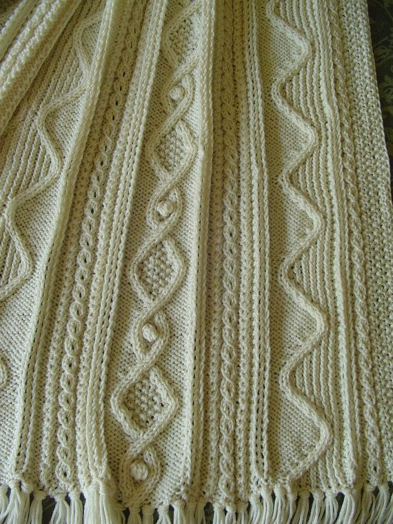 Aran Afghan Knitting Patterns : Afghan - Aran Pattern - Hand Knit - INTERESTING, Original - Number 5