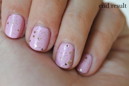Lilac and Glitter Nails