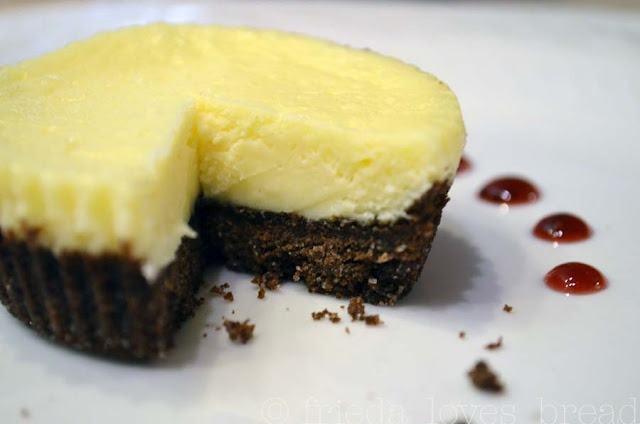 Mini White Chocolate Cheesecakes   dessert   Pinterest
