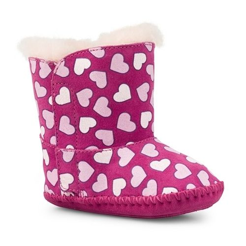 baby uggs with hearts