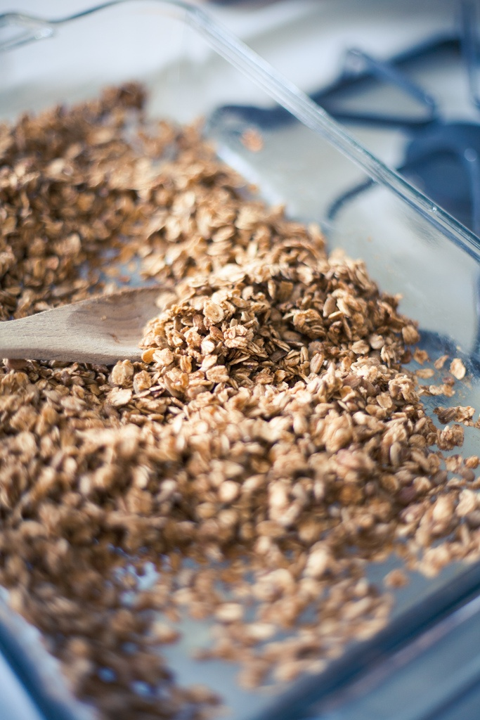 Simple Homemade Granola Recipe | Granola/Granola bars | Pinterest