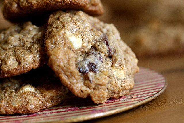 chocolate and white chocolate chip cookies crisp salted oatmeal white ...