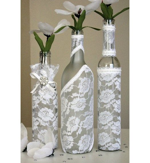 SET (3) - Украшенные бутылки вина центральным белого шнурка. Бутылки вина украшения. Свадебные центральные. Идеи центральную часть.