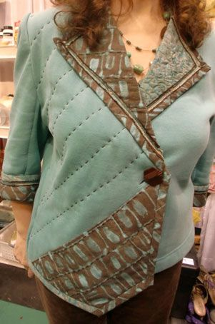 Carol always does a lovely job...and her version of my Worthy™ Talking Pattern™ is certainly 'worthy'.  This jacket features cotton fabrics from Marcia Derse.