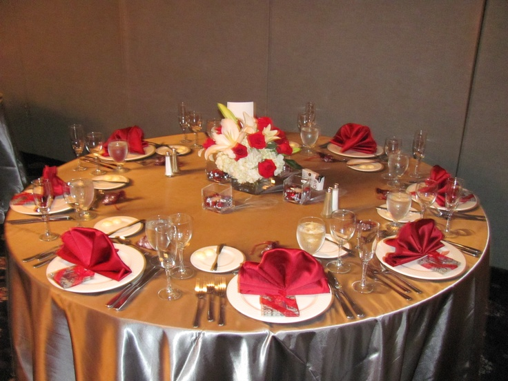 Wedding Table Black, Red and Silver