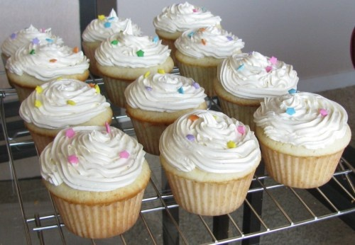 Dories famous Perfect Party Cupcakes- This is the cupcake recipe every ...
