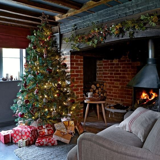 Cosy Christmas Cottage  Christmas decor  Pinterest