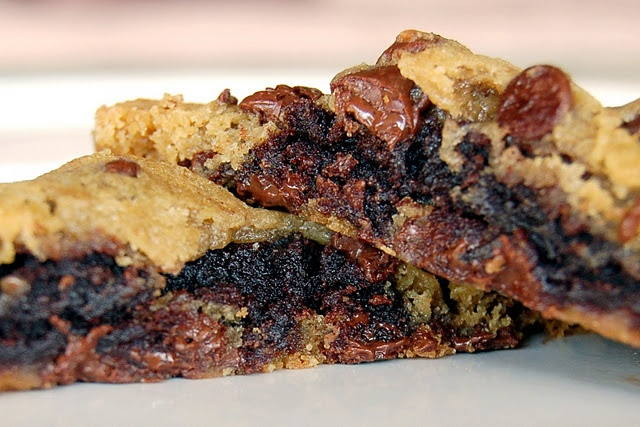 BROWNIE STUFFED CHOCOLATE CHIP COOKIES OMG...Love how easy this looks