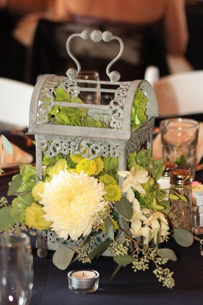 Hanging Lantern Centerpieces brought over from the Aisle Decor.